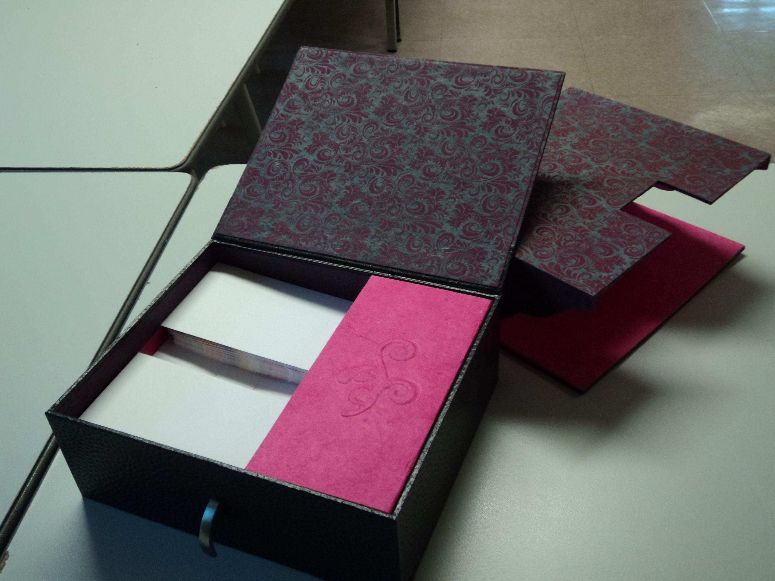 Boite A Enveloppes Et Cartes De Visite